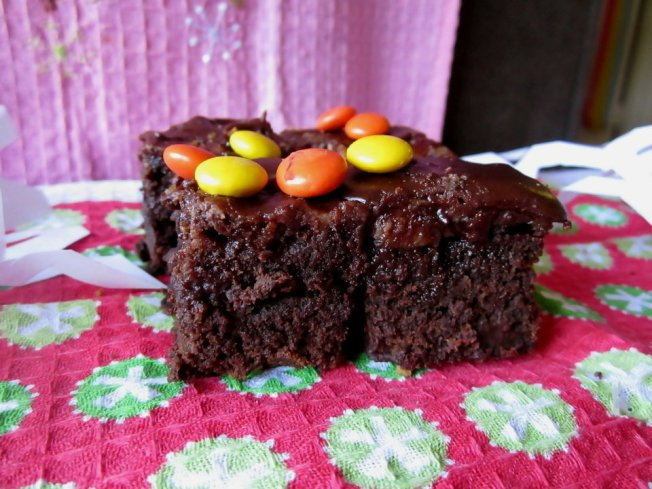 Extra Fudgy Chunky Cheesecake-Topped Brownies (12.8.12)