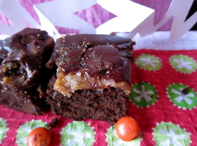 Extra Fudgy Chunky Cheesecake-Topped Brownies 4 (12.8.12)