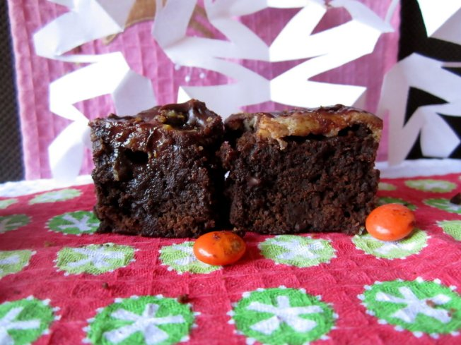 Extra Fudgy Chunky Cheesecake-Topped Brownies 7 (12.8.12)