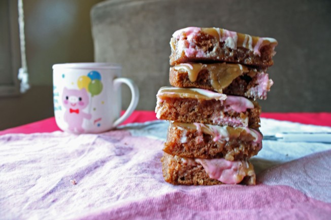 Healthy Apple Spice Squares with Caramel Penuche Icing 9--022613