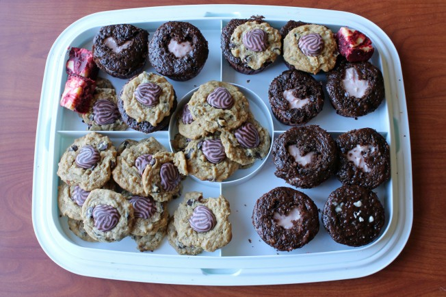 Lovey Dovey Trifecta Cookies and Sweetheart Cupcakes 10--021413