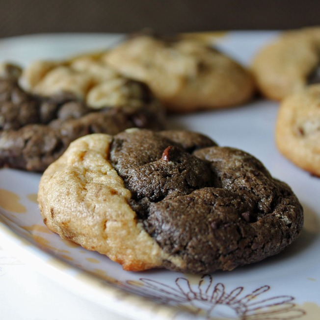 Chocolate Peanut Butter Ying Yang Cookies 10--041513