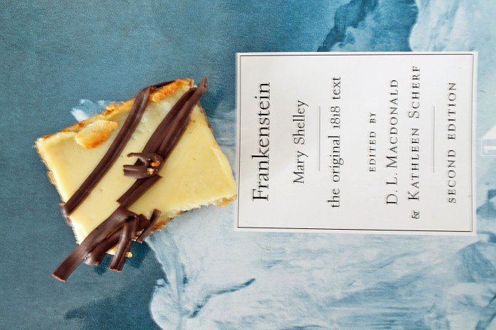 Mocha Cookie Cheesecake Bars 4--070613